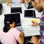 子供たちが清掃したパソコンは、アフリカの学校に寄贈される